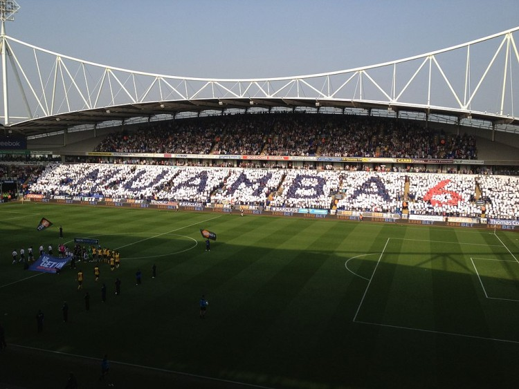 1024px-BWFC_show_of_support_for_Fabrice_Muamba_vs_Blackburn_Rovers_on_24th_March_2012