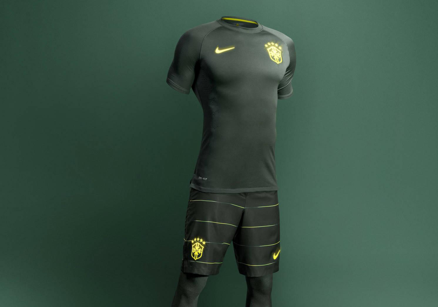 Nike Brazil 2014 Third Kit (5)