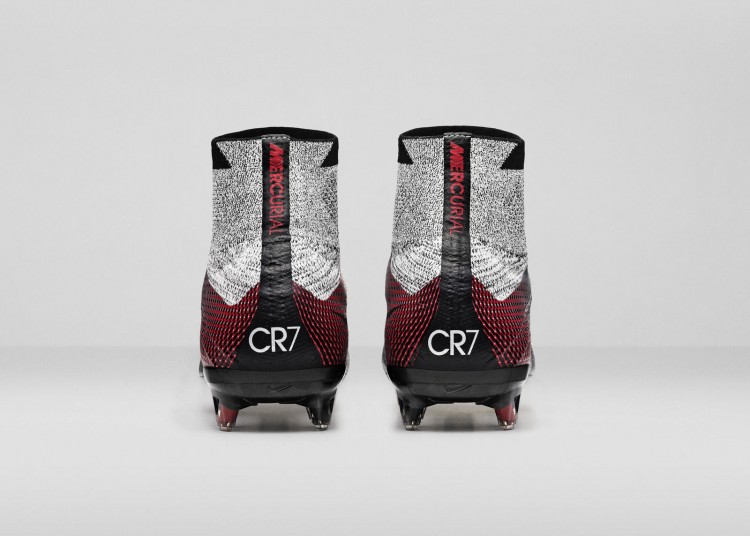 Nike_SP16_Superfly_CR7_slvr_HEEL_view_07_rectangle_1600