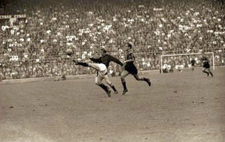 Giovanni Trapattoni and Luisito Suarez, 1961