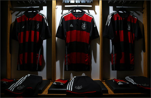 adidas_Germany_away_WC_2014_001