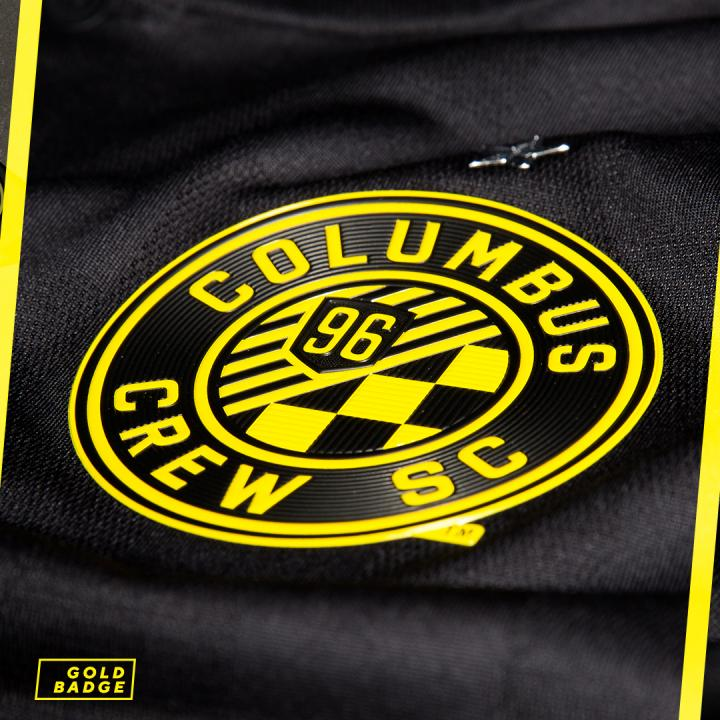 colombus-crew-black-kit (5)