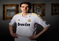 kaka real madrid wide