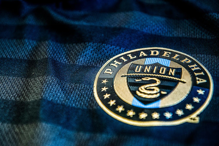 philadelphia-union-2018-home-kit-new-logo-1