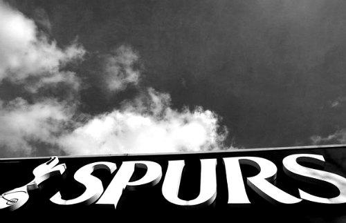 spurs lettering